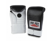 'COACH SPAR' GLOVES. BLACK & WHITE